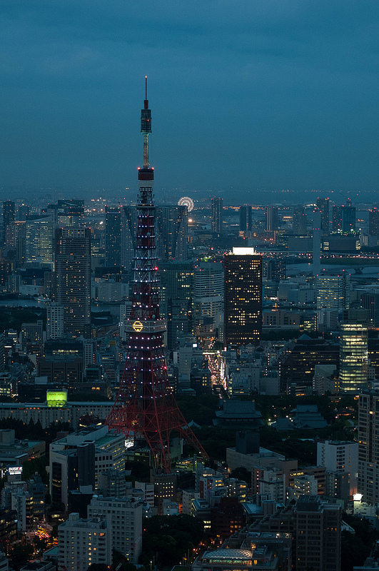 I left for Japan the day after returning from the beach.  I took a few photos I like, but I really enjoyed a chance to get a better shot of Tokyo Tower from the Mori Tower.